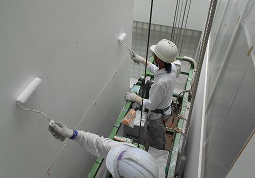 建物外壁の塗装工事をします